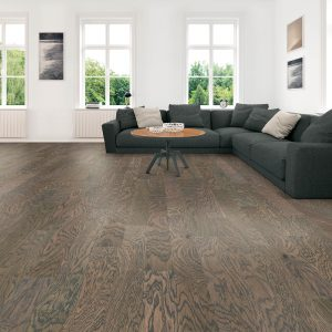 Hardwood flooring for modern living room | Carefree Carpets & Floors